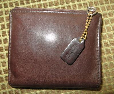 Vintage small brown wallet 010.JPG