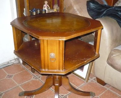 aa table antique 2.jpg