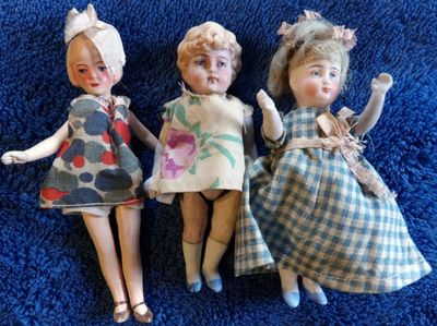 little dolls.JPG