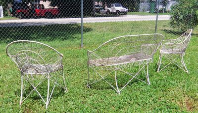 AA EBAY NEW A PATIO SET FRENCH BENT WIRE 6AA RESIZED.jpg