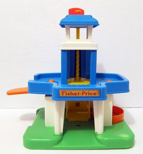 FISHER PRICE BAGGAGE BUILDING 500 (3).JPG