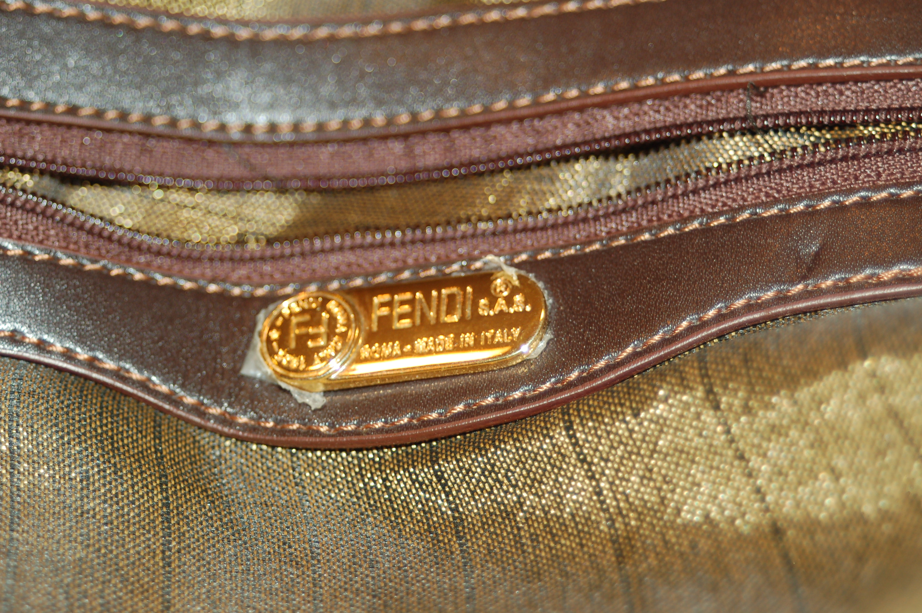 how to tell if fendi purse is real