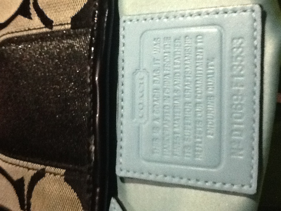 fa99e63aee18db I have 7 bags 5 coach 2 guess and 1 FEMME how can ... - The eBay ...