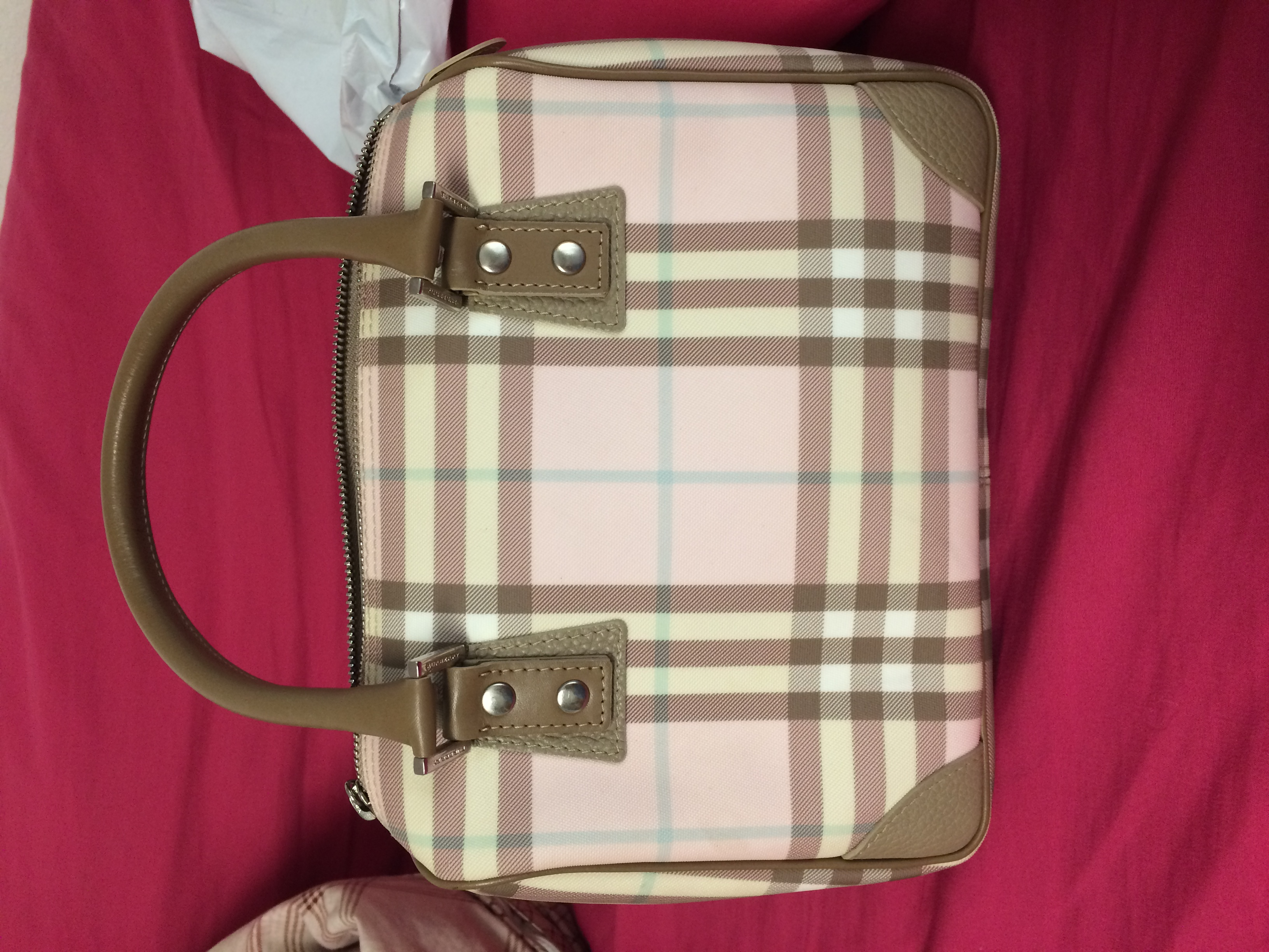 34cf5e850f2 How To Tell If A Burberry Purse Is Real Best Image Ccdbb