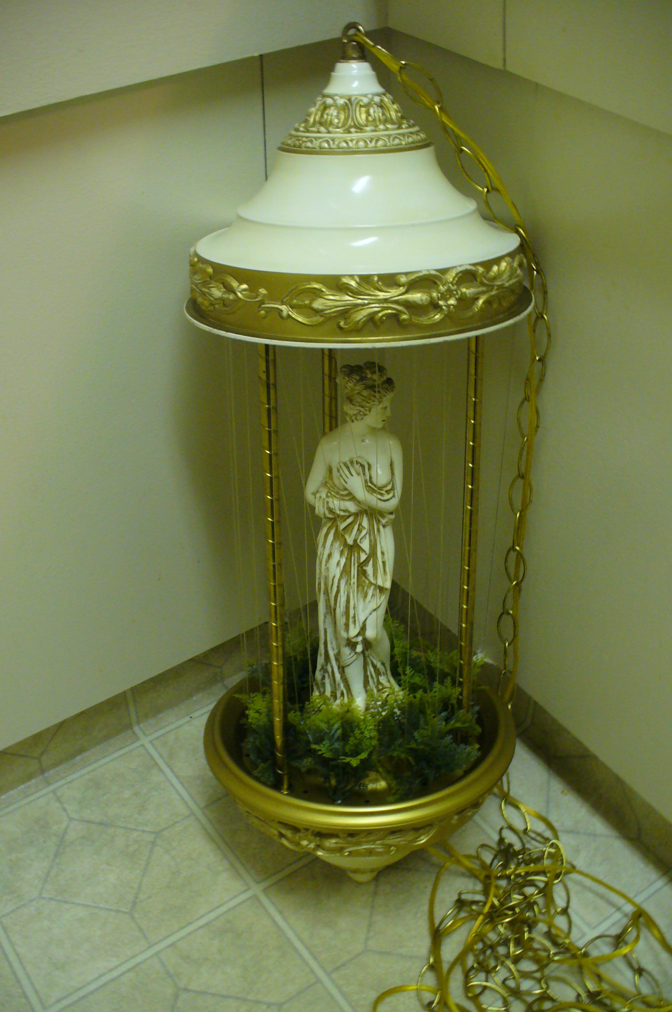 Rain Lamp, what kind of mineral oil? - The eBay Community