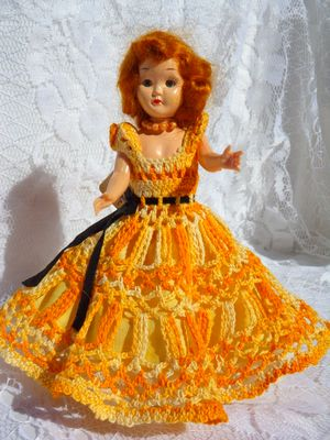 A VERY OLD HAND CROCHET PLASTIC DOLL (2).JPG