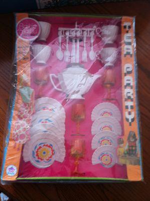Barbie tea party and house 006.JPG