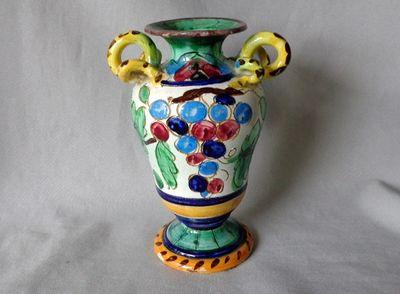 vase snake handles 001.JPG