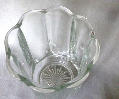 8 paneled vase 003.JPG