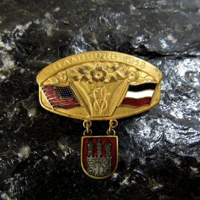 hamburg pin front.jpg
