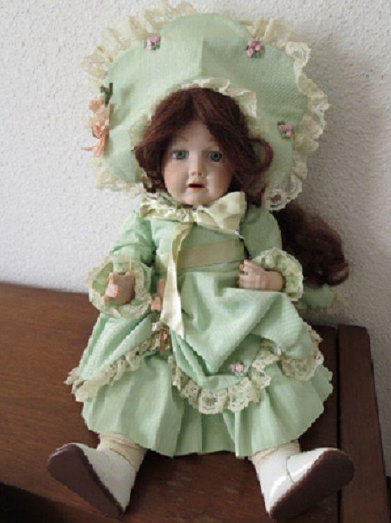doll1b.jpg