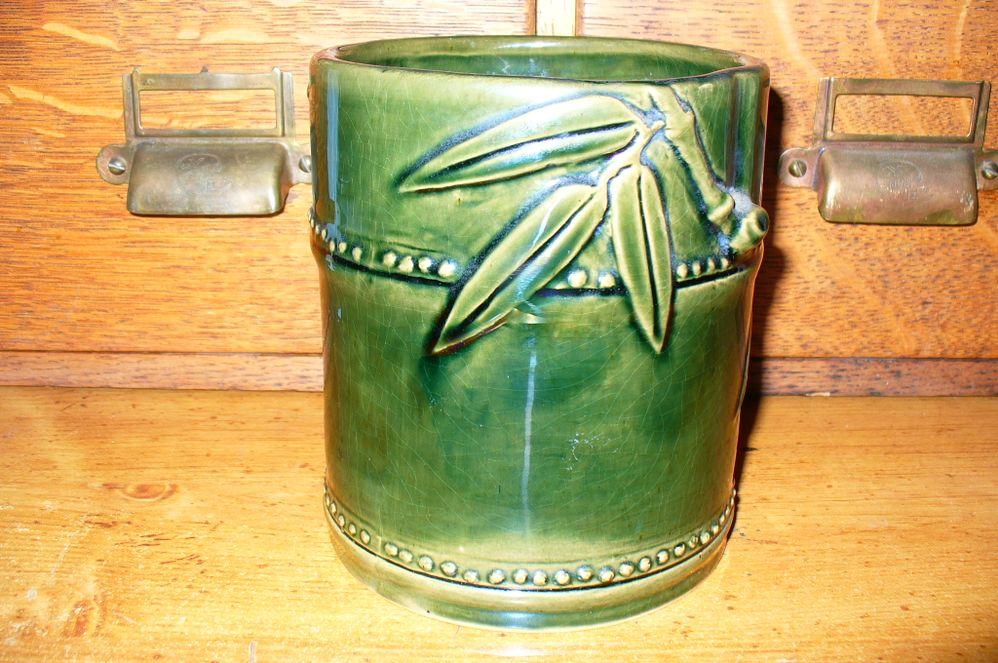 Vase 004.jpg