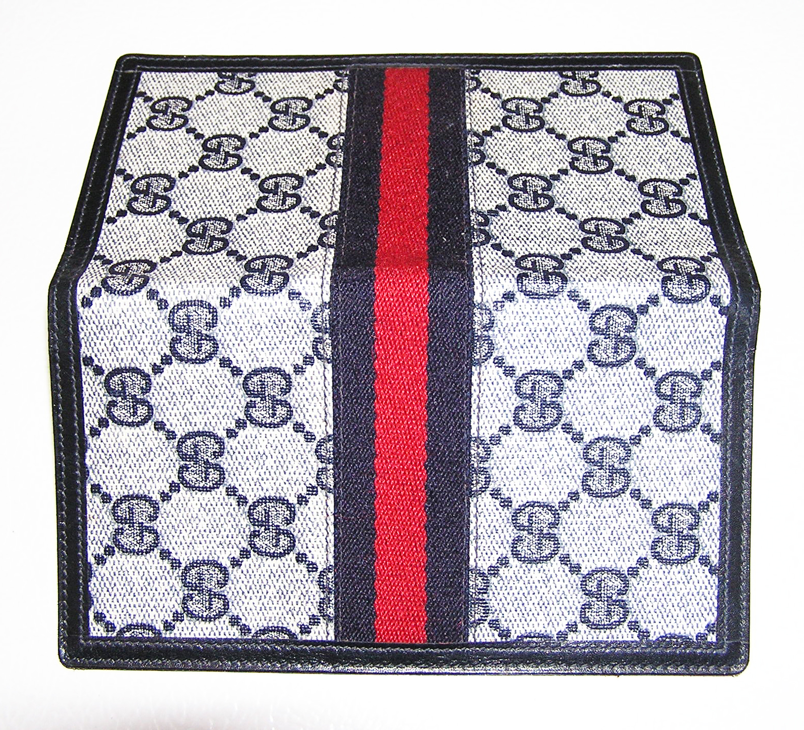 cff2e48ec3421a Is this Gucci checkbook cover authentic? - The eBay Community